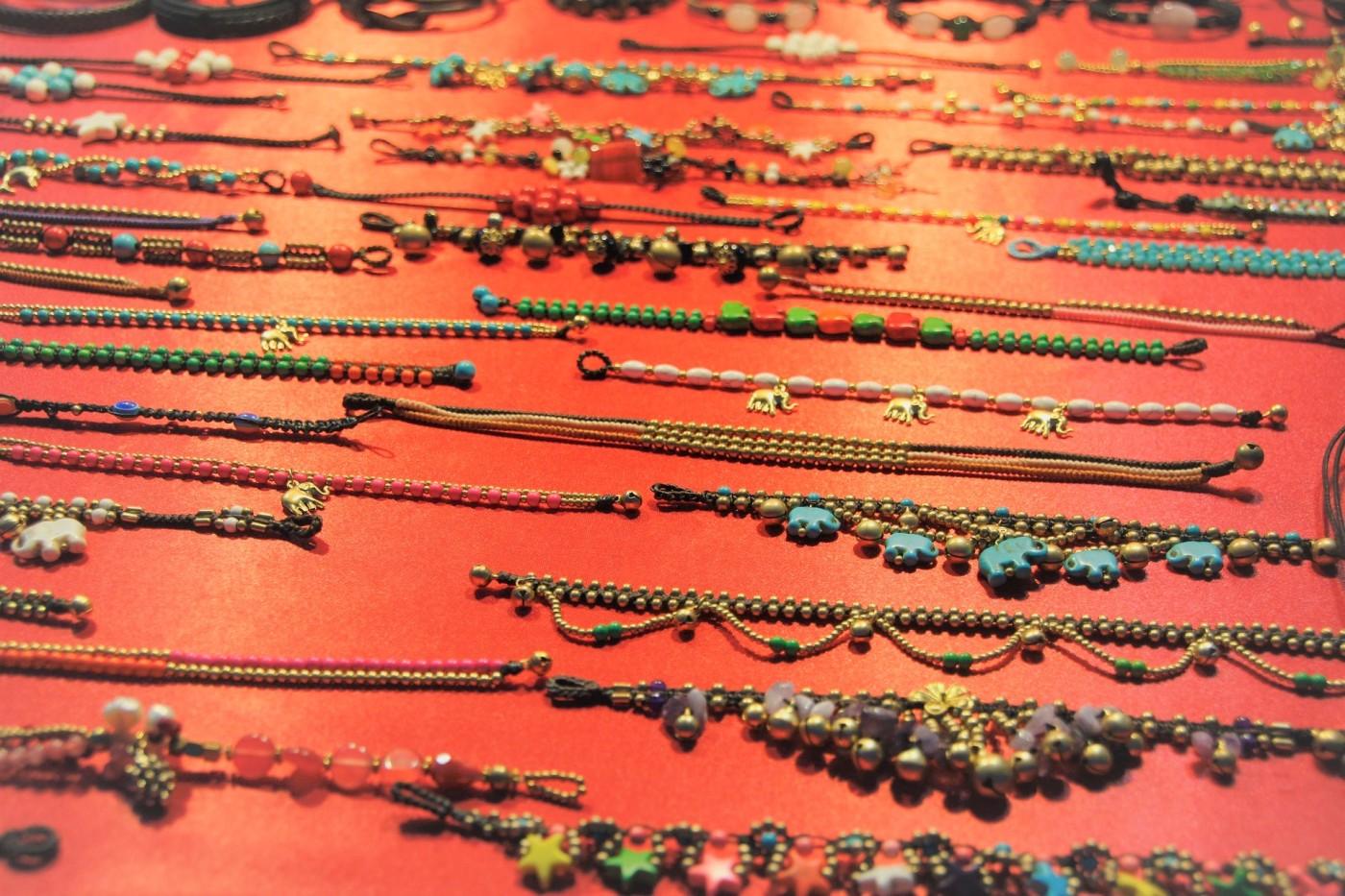bracelets chevilles article